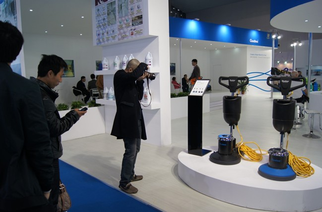 The design of single disc polisher attracts audience